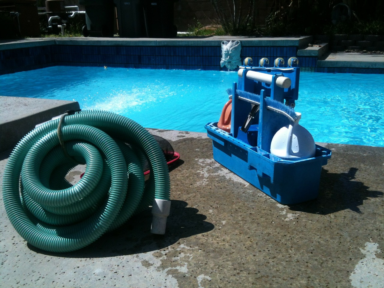 Swimming Pool Vacuum Best Swimming Pool Vacuum - Choose The Right ...